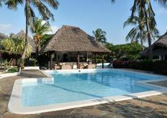 Dorado Cottage Atlantis Club - Malindi - Kolam
