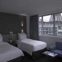 Pullman Paris Tour Eiffel Guestroom