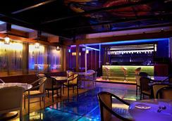 The Golden Oak - Raipur - Bar