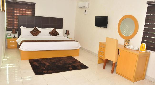 Double-A Suites - Lagos - Bedroom