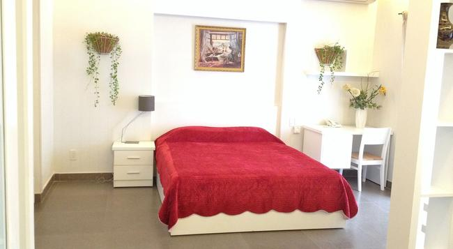 Tiffany Hotel Residence - Ho Chi Minh City - Bedroom