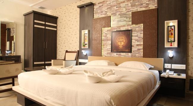 Mmr Gardens - Madurai - Bedroom