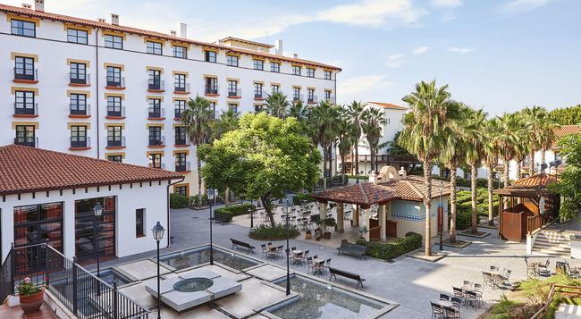 Portaventura Hotel El Paso - Theme Park Tickets Included - Salou - Building