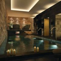 DoubleTree by Hilton Hotel & Spa Liverpool Pool