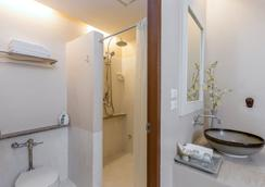 Sino House Hotel Phuket Town - Phuket City - Kamar Mandi