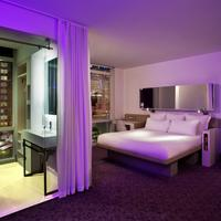 Yotel New York At Times Square Guest room