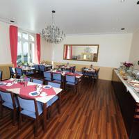 Hotel-restaurant Zur Post Breakfast Area