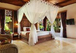Bali Tropic Resort & Spa - South Kuta - Kamar Tidur