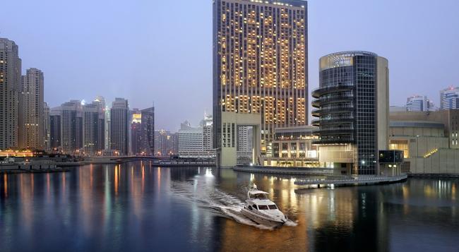 The Address Dubai Marina - Dubai - Building