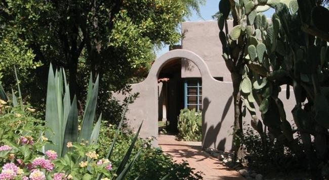 Lodge on the Desert - Tucson - Building
