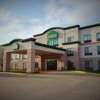 Wingate by Wyndham Columbia Featured Image