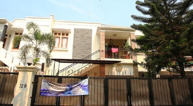 RedDoorz @ Pondok Pinang 2 - South Jakarta - Building