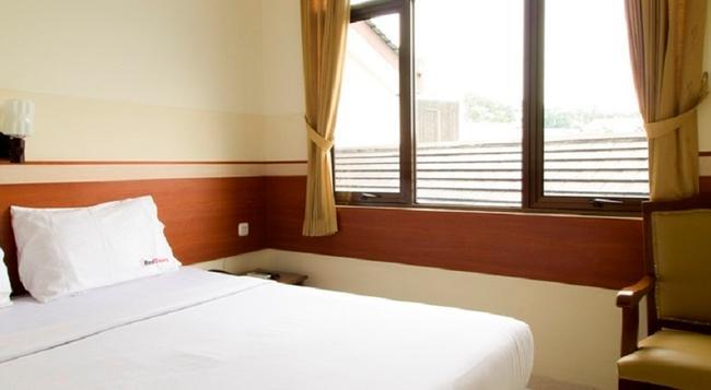 RedDoorz @ Wastu Kencana - Bandung - Bedroom
