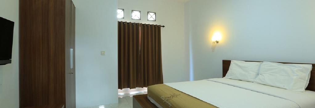 RedDoorz Near By Pass Ngurah Rai - Denpasar (Bali) - Bedroom