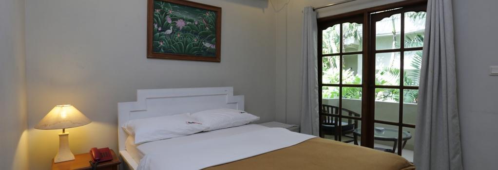 RedDoorz Near Pantai Double Six - Denpasar - Bedroom