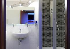 Mirko Luxury Inn - Roma - Kamar Mandi