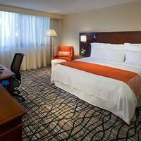 Miami Airport Marriott Guest room