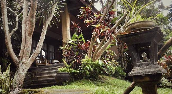 Puri Sawah Bungalows & Restaurant - Karangasem City - Building