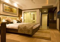 Hotel Gwalior Regency - Gwalior - Kamar Tidur