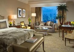 The Suites at Hotel Mulia Senayan - Jakarta - Kamar Tidur