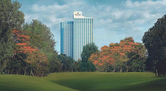 The Suites at Hotel Mulia Senayan - Jakarta - Building