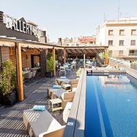 Gallery Hotel Pool
