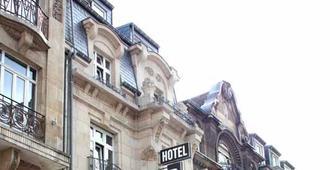 Hotel Bristol - Luksemburg - Bangunan