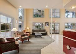 Days Inn And Suites San Diego Near Sea World - San Diego - Lobi