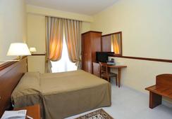 Hotel Virgilio - Roma - Kamar Tidur