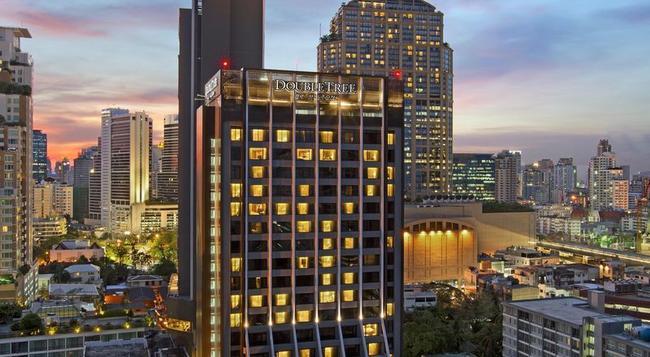DoubleTree by Hilton Sukhumvit Bangkok - Bangkok - Building