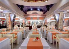 Izmailovo Alfa Hotel - Moskwa - Restoran