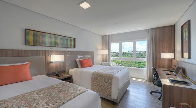 Hotel Deville Prime Campo Grande - Campo Grande (Mato Grosso do Sul) - Bedroom
