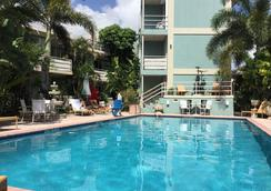 Manhattan Tower Apartment Hotel - Fort Lauderdale - Kolam