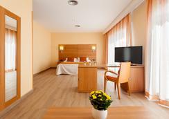 Hotel Pi-Mar - Blanes - Kamar Tidur