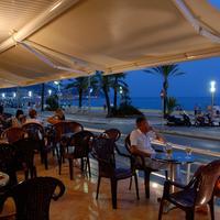 Hotel Pi-Mar Outdoor Dining