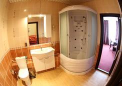 Hotel Planeta Spa - Tambov - Kamar Mandi