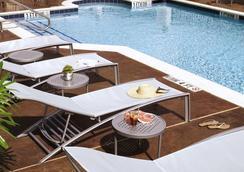 SpringHill Suites Houston Intercontinental Airport - Houston - Kolam