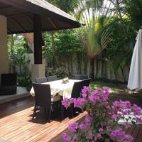 Samui Bnb Villa - Bed&Breakfast Deck e tavolo esterno
