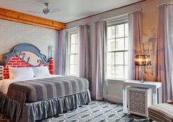 Suites at Club La Pension New Orleans - New Orleans - Kamar Tidur