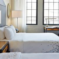 Renaissance New Orleans Arts Warehouse District Hotel Guest room
