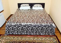 Samarkand Travel Hotel - Samarkand - Kamar Tidur