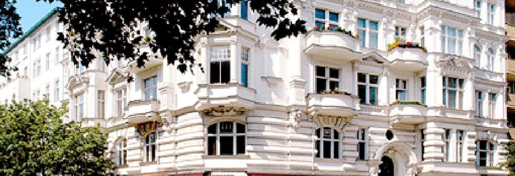 Gay Youth Hostel - Berlin - Building