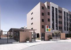 Compostela Suites Apartments - Madrid - Bangunan