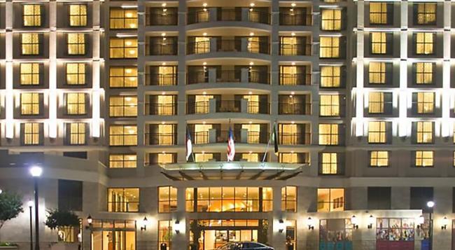 Renaissance Raleigh North Hills Hotel - Raleigh - Building