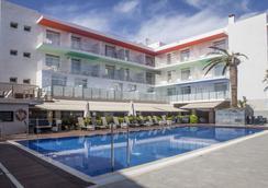 Ibersol Hotel Antemare Spa - Sitges - Kolam