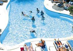 Nadi Bay Resort Hotel - Nadi - Kolam