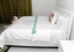 Empire State Hotel - Accra - Kamar Tidur