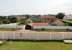 Empire State Hotel - Accra - Pemandangan luar