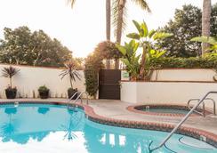 Montecito Inn - Santa Barbara - Kolam