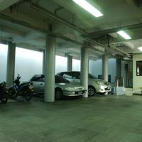 Sabda Guest House Free Parking Garage